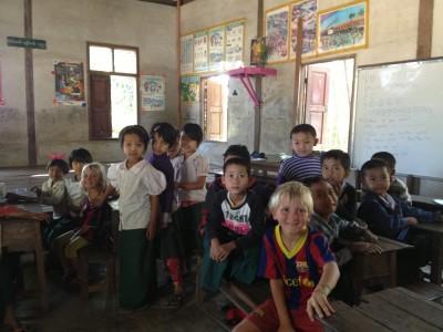 Escola_Birmania